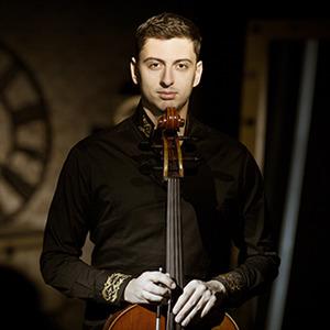 Narek Hakhnazarian, Cellist